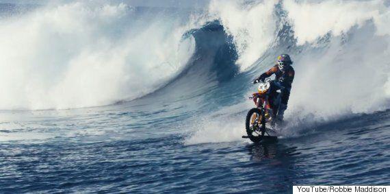 Daredevil Surfs On A Motorbike In Hawaii In Stunning 4K
