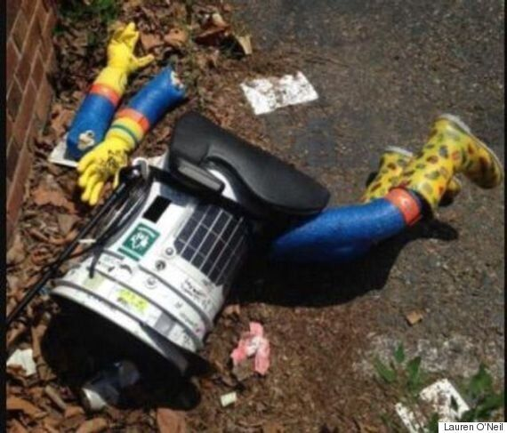 HitchBOT Hitchhiking Robot Tries To Prove Humans Are Great, Found Decapitated On Street