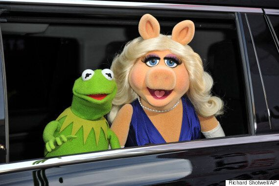 Miss Piggy And Kermit The Frog Split: 9 Famous Single Men the Porcine Diva Should Date Now