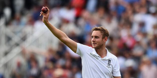 NOTTINGHAM, ENGLAND - AUGUST 06: Stuart Broad of England celebrates taking his fifth wicket that of Michael...