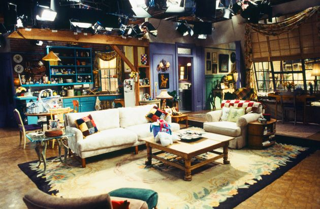 Comedy Central 'Friends' Fest London Will See Sitcom's Sets And Props Faithfully