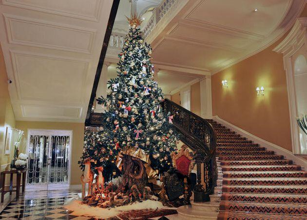 Claridge's Unveils Dolce &Amp; Gabbana Christmas