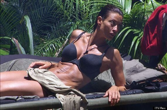 Melanie Sykes Shows Off Her Washboard Stomach And Admits She's Peed In The 'I'm A Celebrity' Pool