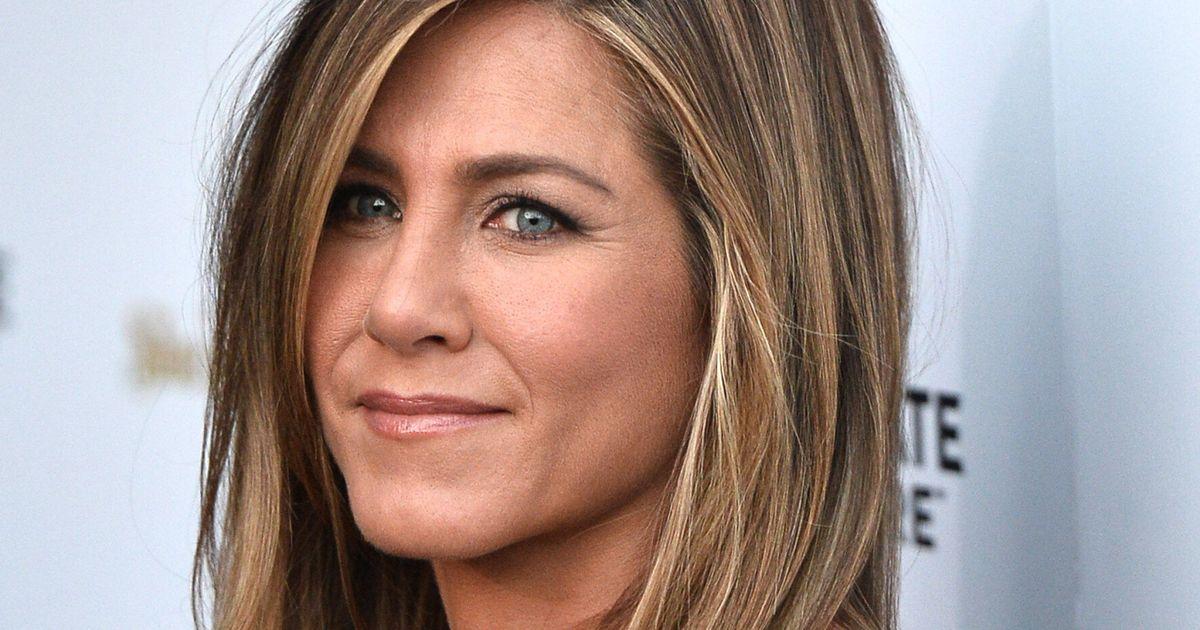 Celebrity Engagement Rings: Jennifer Aniston's Giant Rock Is