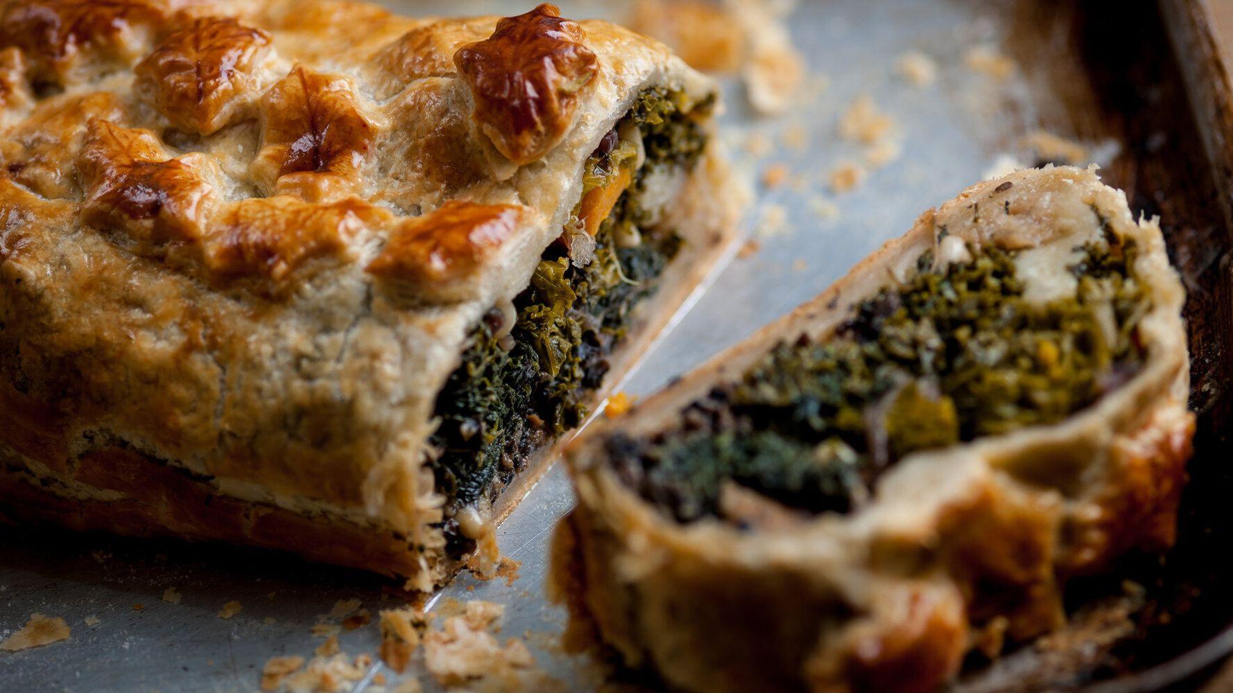 Vegetarian Christmas Dinner.Vegetarian Christmas Dinner Alternatives Veggie Wellington