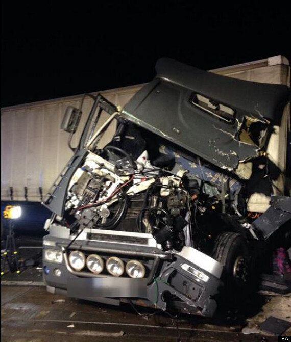 M25 Crash Leaves One
