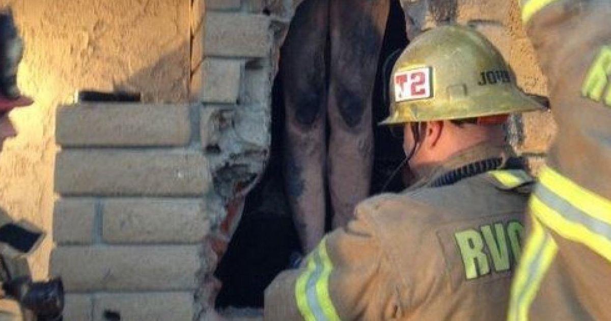 Video: Estranged girlfriend gets stuck in chimney   HLNtv.com