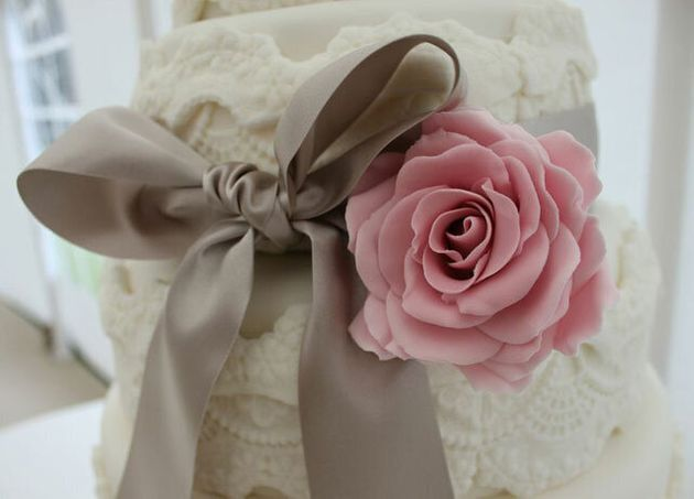 Vintage Wedding Cakes: How To Make Yours