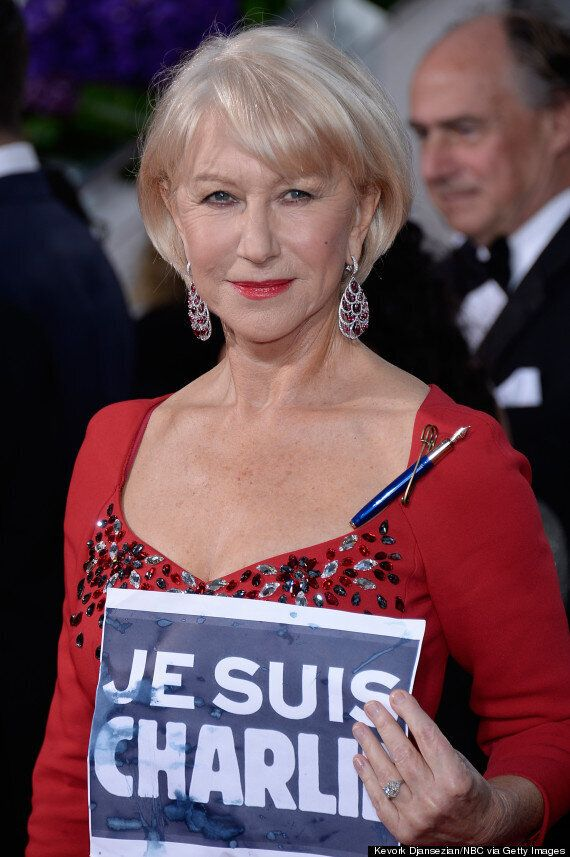 Golden Globes 2015: Helen Mirren Holds 'Je Suis Charlie' Sign On The Red Carpet, As George Clooney Sports...