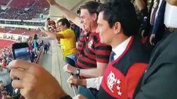 Em meio a Fla-Flu da Lava Jato, Moro e Bolsonaro vão a jogo do Flamengo e são