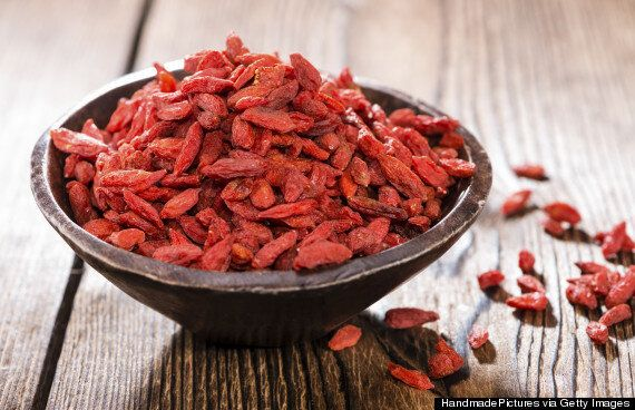 What Are Goji Berries Health Benefits Tips And Recipes