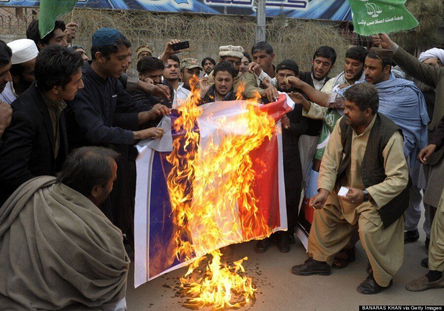 Protests Over Charlie Hebdo 'Kill Four' In Niger, Demonstrations In Jordan, India And