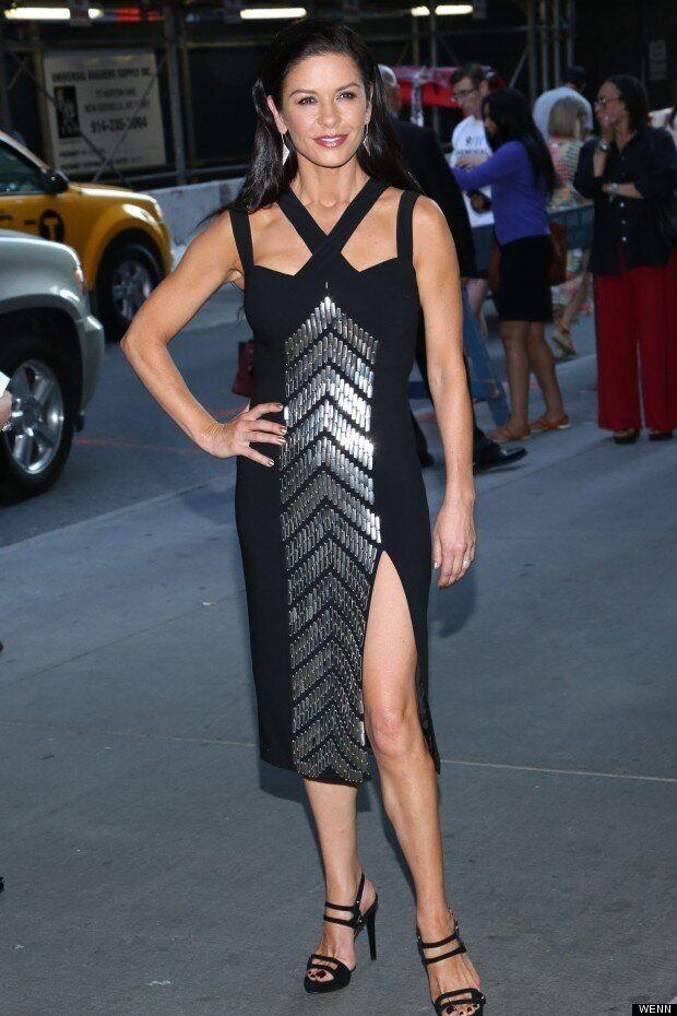 Black Beauty: Catherine Zeta-Jones Does The Splits At Red 2