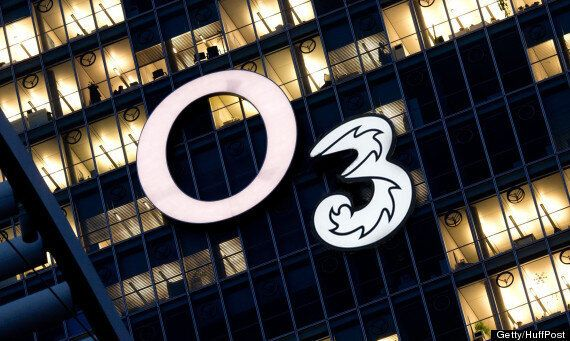Three Buys O2? Hutchison Whampoa In 'Exclusive Talks' For £10 Billion