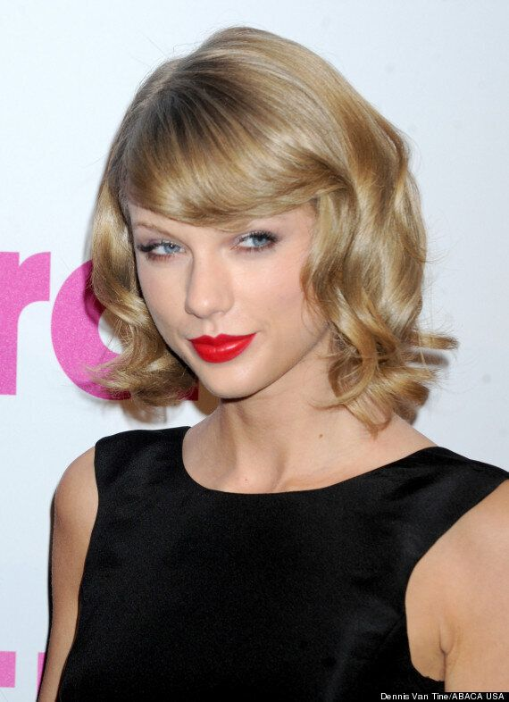 Taylor Swift Slams 'Nude Photos' Claims After Her Instagram And Twitter Accounts Are