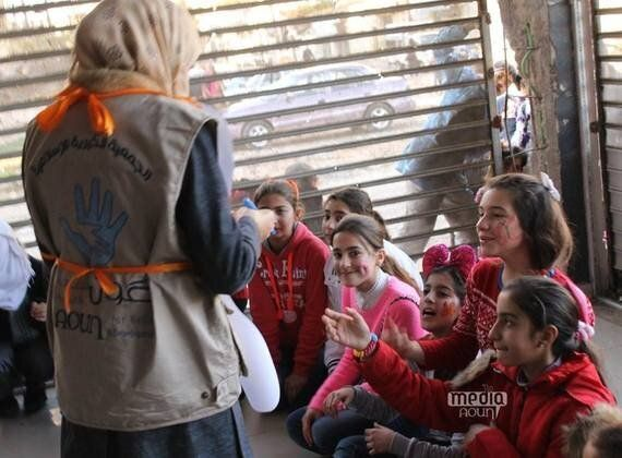 Mobile Volunteer Teams Bring Joy to Children Affected by Conflict in Syria's Homs