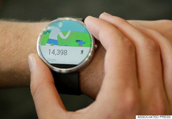 Android Wear 'Just Not Very Good' Says Canalys On News Fewer Than A Million Were Sold In