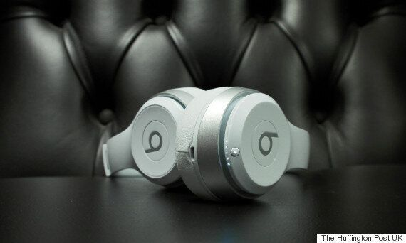 Beats by Dre 'Solo 2' Wireless Headphones Review: A Step Too