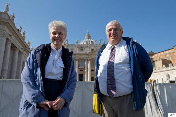 Vatican Invites Gay And Lesbian Group To Pope's Weekly Address... Then Ignores