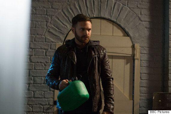 'EastEnders' Live Week Spoiler: Dean Wicks Takes Nancy Carter Hostage As Lucy Beale's Killer Is Revealed
