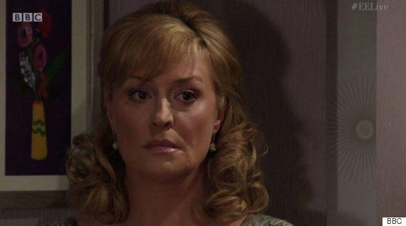 'EastEnders': Jane Beale Named As Lucy Beale's Killer During #EELive Hour-Long Special, Until Flashback...