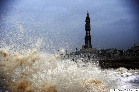 UK Weather Forecast Predicts 'Super Moon' Tides, Flooding And Enormous