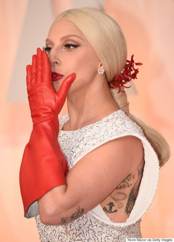 Oscars 2015 Red Carpet: Lady Gaga Wears A Typically 'Gaga' Outfit To Academy Awards Ahead Of Performance