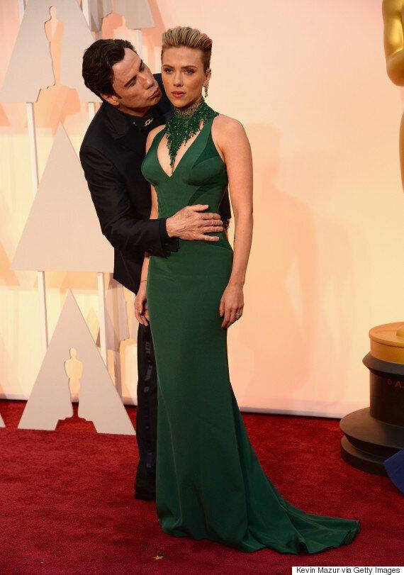 Oscars 2015 Red Carpet: Scarlett Johansson Kissed By John Travolta On Her Way Into Academy Awards (We're...