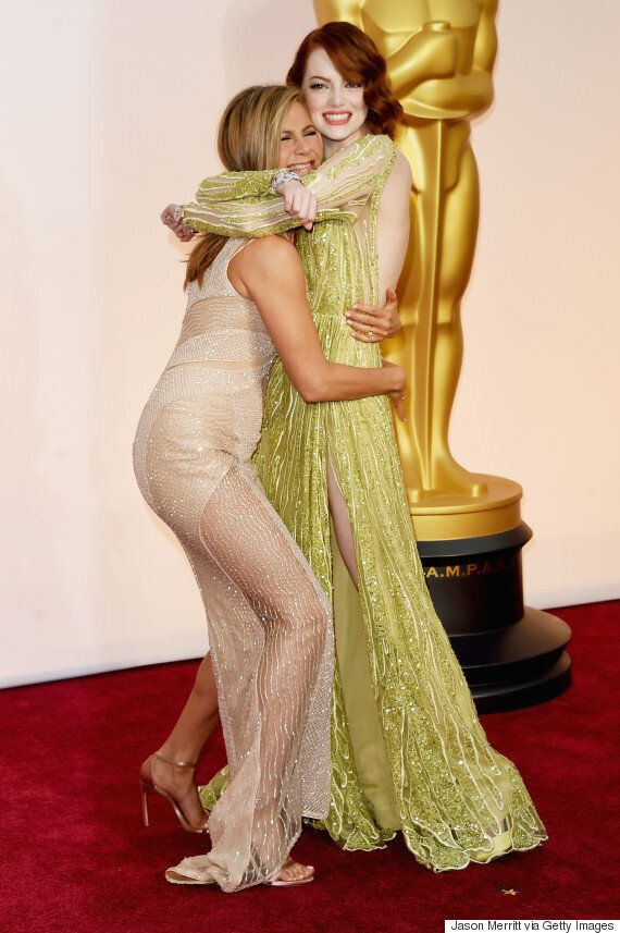 Oscars Red Carpet: Jennifer Aniston Has Her Bum Pinched During Interview... By Reese Witherspoon!