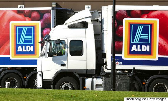 Aldi Shuttle Bus Services Will Ferry Students To Their Nearest Supermarket For