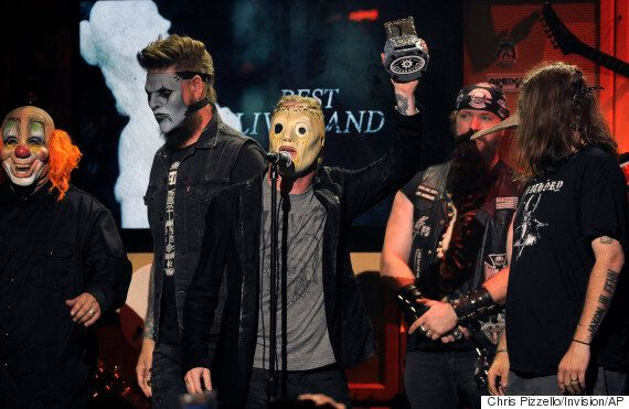 Slipknot Guitarist Mick Thomson Seriously Injured After Being 'Stabbed In The Head By