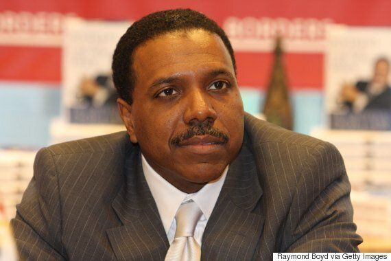 God Wants American Pastor Creflo Dollar To Have A Luxury Gulfstream Private