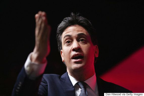 Ed Miliband Plans To Outlaw Zero Hours Contracts, As Over 100 Business Leaders Sign Letter Backing