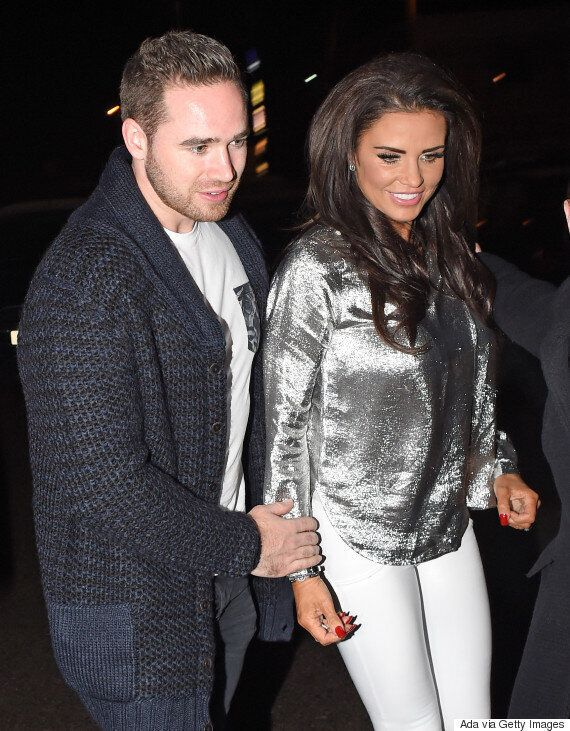 Katie Price And Kieran Hayler Post Hilarious Summer Bodies Picture Following Easter Indulgence