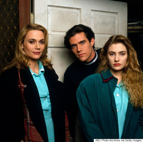 'Twin Peaks' Cast Call For David Lynch To Return To Upcoming