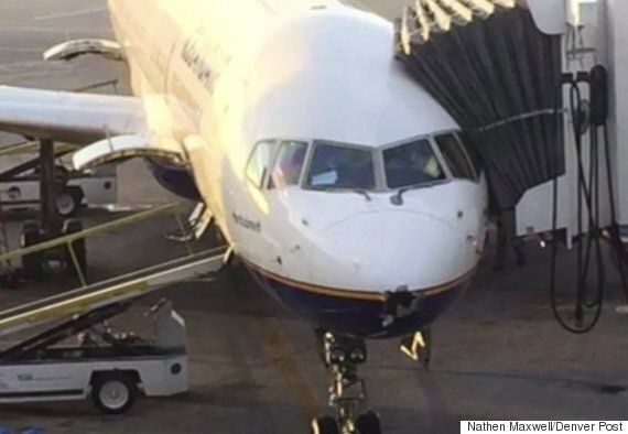 Icelandair Plane Completes 6,000km Flight After Losing Nose In Lightning