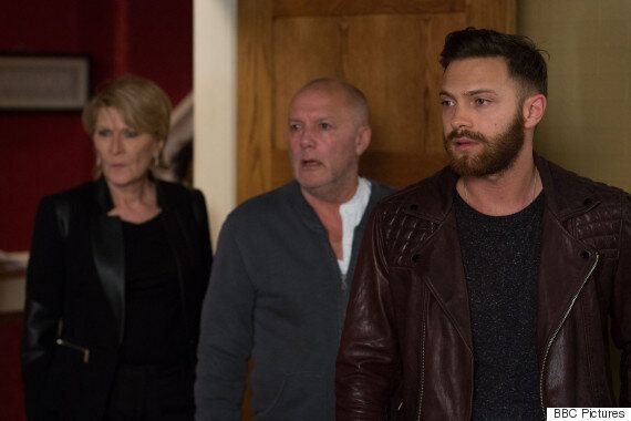 'EastEnders' Spoiler: Linda Carter Confronts Rapist Dean Wicks