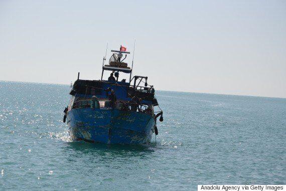 Europe Migrant Crisis Worsens As 400 Drowned Fleeing Libya When Boat
