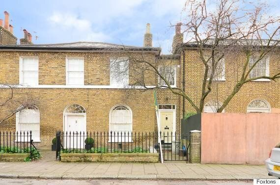 London Flat Measuring Just 8ft Wide Hits The Market For