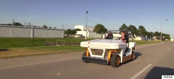 NASA's New MRV Moon Buggy Can Pull Some Amazing