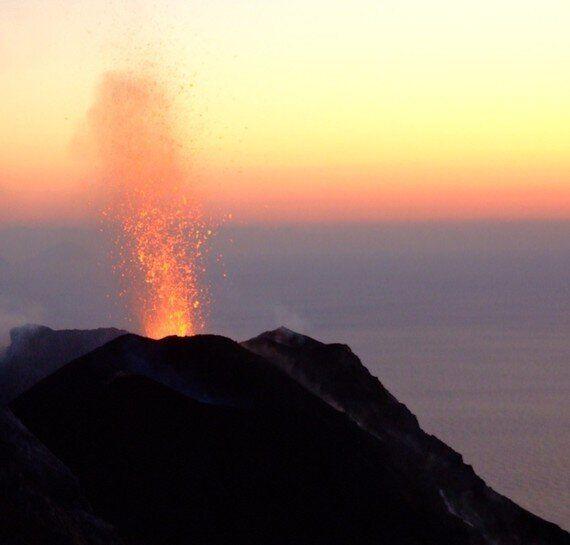 Reversing Atlantis: New Islands From Volcanoes and