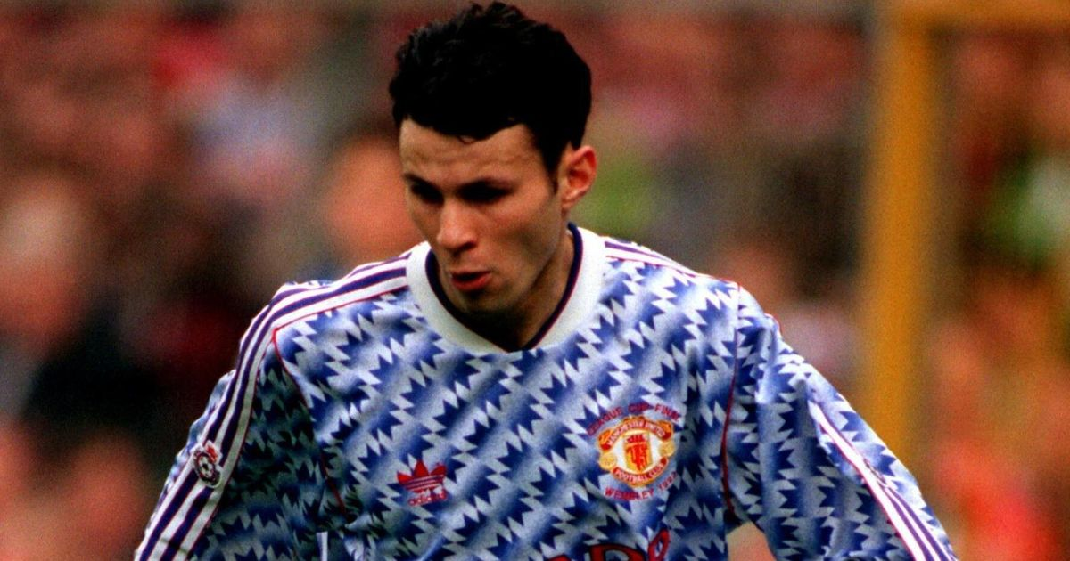 Ryan Giggs' Manchester United Career In Kits (PICTURES ...Ryan Giggs 2013 2014