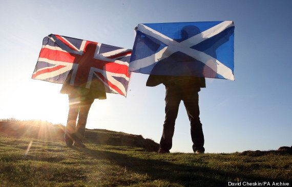 Euromillions Lottery Winners Chris And Colin Weir Donate Winnings To Scotland's Yes