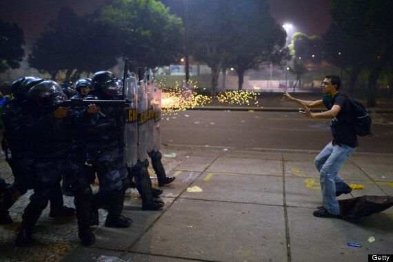 Brazil Protests: President Rousseff Holds Emergency Meeting After Millions Take To Streets