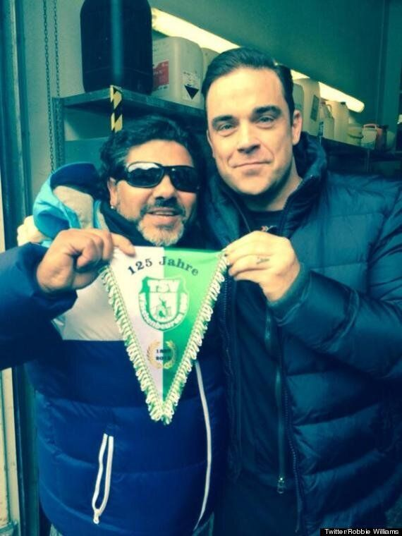 Robbie Williams Fooled By German Diego Maradona Impersonator