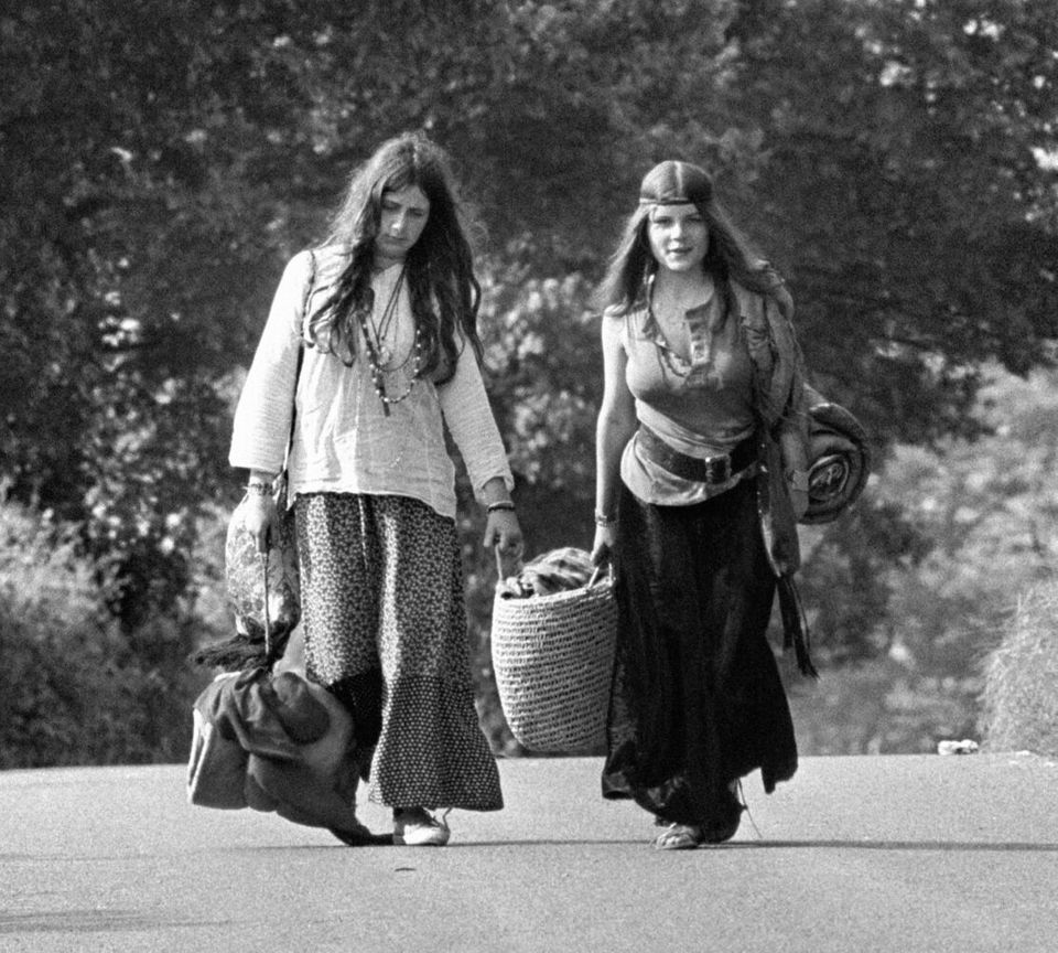 Music - Glastonbury Festival 1971 - Worthy Farm Two Glastonbury festival goers.