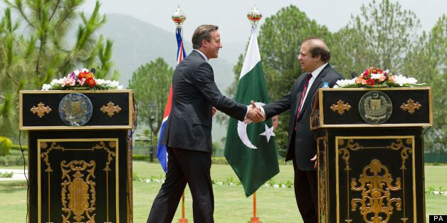 David Cameron Promises To 'Stand Together' With Pakistan In Fight Against