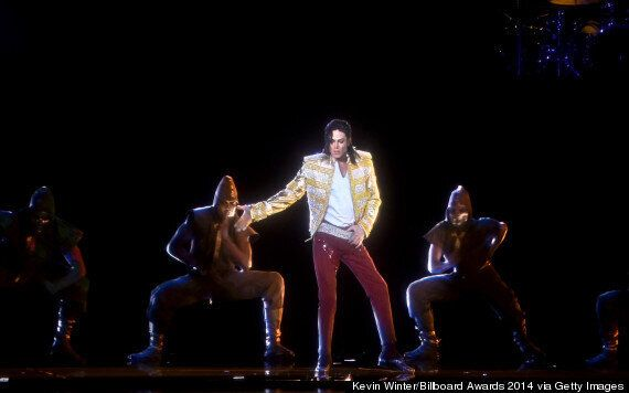 Billboard Music Awards 2014: Michael Jackson Hologram Performs New 'Xscape' Track 'Slave To The Rhythm'