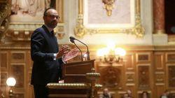 Au Sénat, Philippe adoucit sa menace sur la réforme