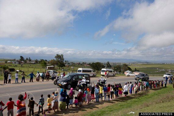 Nelson Mandela Funeral: Coffin Arrives At Ancestral Home Of Qunu, South